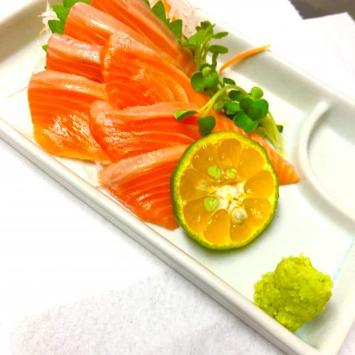 鲑魚 サーモンのお刺身